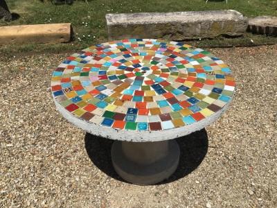 TABLE PICASSIETTE - Décoration de jardin