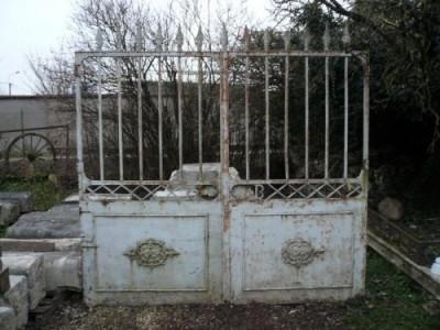 Portail ancien en fer forgé - Antiquités de jardin