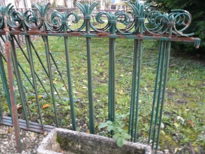 Wall wrought iron gates - Building Antiques