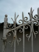 WROUGHT IRON GATE - Building Antiques