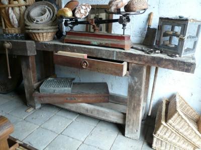 - Building Antiques